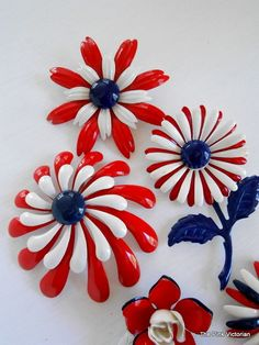 BROOCH COLLECTION  *PATRIOTIC * FLOWER POWER