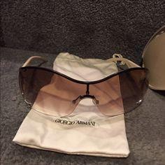 Giorgio Armani sunglasses Giorgio Armani gorgeous sunglasses With case & lens cloth- 100% authentic Giorgio Armani Accessories Glasses
