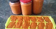 1,5 kg paprika ... szebb lesz színe ha pirosból csináljuk  1 liter     100 %-os paradicsomlé...én úgy csináltam hogy a saját paradicsomo... Ketchup, Salsa, Jar, Red Peppers, Salsa Music, Jars, Glass