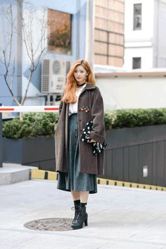 韓國首爾街拍冬天長外套搭配hokk fabrica香港線上雜誌