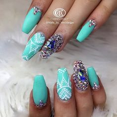 See this Instagram photo by @nails_by_verovargas • 381 likes