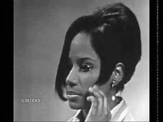 Brenda Holloway being interviewed by Dick Clark after singing Just Look What You've Done on American Bandstand TV Show on May 1967 Berry Gordy, Tamla Motown, American Bandstand, Rare Videos, Soul Music, Video Footage, Music Publishing, Black History, Music Artists