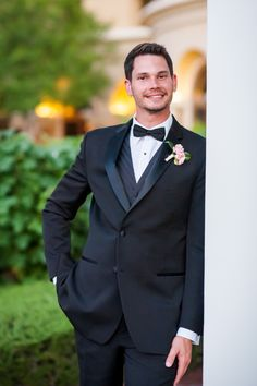 Romantic Blush and Cream Hotel Garden Wedding | Aisle Perfect | http://aisleperfect.com/2015/09/romantic-blush-and-cream-hotel-garden-wedding.html #wedding #groom