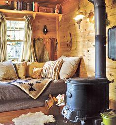 Little Cabin living corner Home Design, Interior Design, Design Ideas, Cosy Interior, Chalet Interior, Natural Interior, Design Room, Scandinavian Interior, Design Design