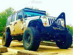 2014 Jeep Wrangler JK 17x9 -24mm TIS 538b 2014 Jeep Wrangler