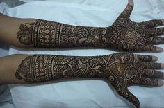 Latest Asha Savla Bridal Mehndi Designs that you'll Love http://www.fashioncluba.com/2017/05/asha-savla-bridal-mehndi-designs-that-you-will-love.html