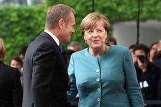 Donald Tusk i Angela Merkel Persona, Mens Tops, T Shirt, Usa, Angela Merkel, Supreme T Shirt, Tee Shirt, Tee, U.s. States