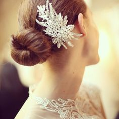 Monique Lhullier bridal hairpiece, spring 2015 collection. Photo: Erin Baiano/The New York Times.