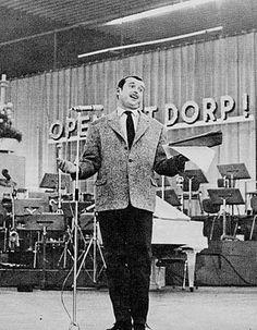 Toon Hermans (December 17, 1916 - April 22, 2000) Dutch cabaretier, singer and songwriter.