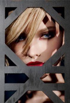 dior-cosmetics-fall-2014-makeup2
