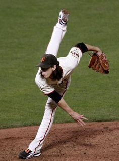 """My boys of summer - Tim Lincecum - with his technique, he earned the nickname """"The Freak"""". Love this guy! Baseball Boys, Giants Baseball, Reds Baseball, Baseball Signs, Baseball Season, San Francisco News, San Francisco Giants, Famous Baseball Players, My Giants"""