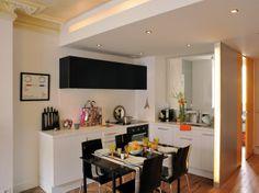 Maison design de 45m² / Design house of 45m² : http://www.maison-deco.com/petites-surfaces/amenagement-petites-surfaces/Plein-d-astuces-pour-cette-maison-design-de-45m2