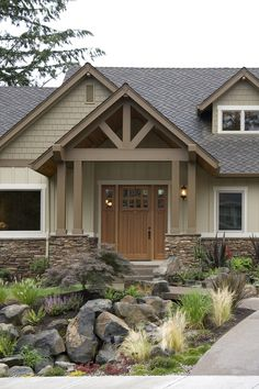 House Halstad Craftsman Ranch House Plan - Green Builder House Plans - Ranch style homes exterior - Craftsman Ranch, Craftsman Style Homes, Ranch Style Homes, Craftsman House Plans, Ranch Homes, Modern Craftsman, Craftsman Decor, Exterior Paint Schemes, Exterior Paint Colors For House