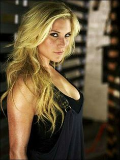 Katee Sackhoff is so beautiful! Stunningly Beautiful, Beautiful Women, Katee Sackhoff, Badass Women, Sexy Women, Celebs, Celebrities, Woman Crush, Beautiful Actresses