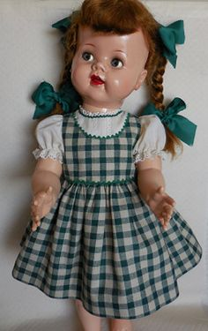 WELCOME  Dress for 22 Saucy Walker Doll  Saucys dress is sewn of a cheerful green/off-white homespun gingham fabric. The design is similar to an