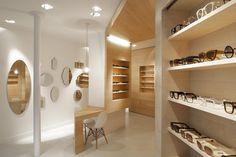 La Galerie de Lunettes optics by Dumazer & Lafallisse Architectes, Paris