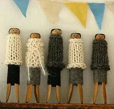 Old fashioned peg dolls