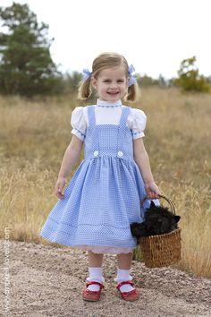 DIY-Dorothy-Costume-from-Wizard-of-Oz-13.jpg (1000×1500)