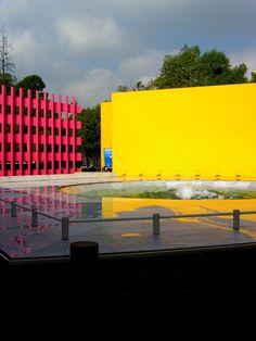 Galeria de Clássicos da Arquitetura: Hotel Camino Real de Polanco / Ricardo…