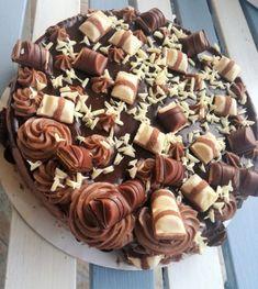 Kinder Bueno torta | Mai Móni Cereal, Mai, Sweets, Chocolate, Breakfast, Blog, Passion, Foods, Ideas