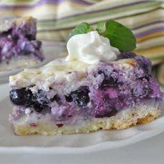 Gâteau aux bleuets et à la crème de la Nouvelle-Écosse