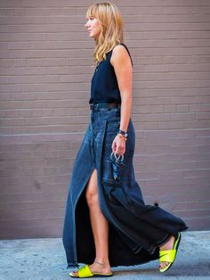 How to wear maxi skirt: Think about a split Who What Wear, Denim Crafts, Denim Trends, Fashion Outfits, Womens Fashion, Jeans, Instagram, Couture, My Style