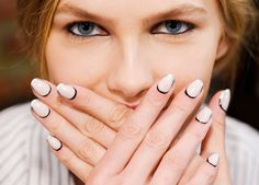 Neutral nail art every cool girl will be able to wear to work. Spotted at Jonathan Simkhai Spring 2016
