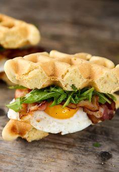 Paleomg Bacon and Egg Breakfast Waffle Sandwiches Breakfast Waffles, Paleo Breakfast, Breakfast Recipes, Breakfast Sandwiches, Egg Sandwiches, Free Breakfast, Pancakes, Healthy Waffles, Waffle Sandwich