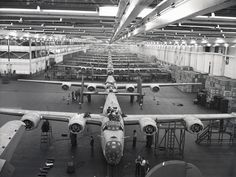"""""""Liberators"""" rolling to end of assembly line at Willow Run. Ww2 Aircraft, Military Aircraft, Bomber Plane, Detroit History, Assembly Line, French History, Military Pictures, American War, Self Driving"""