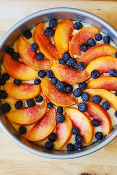 Peach and Blueberry Greek Yogurt Cake made in a springform pan - you couldn't find an easier recipe for such a colorful, beautiful cake! Greek yogurt works great in cakes and ensures a nice, smooth Greek Yogurt Cake, Greek Yogurt Recipes, Sweet Recipes, Cake Recipes, Dessert Recipes, Delicious Desserts, Yummy Food, Blueberry Recipes, Blueberry Cake