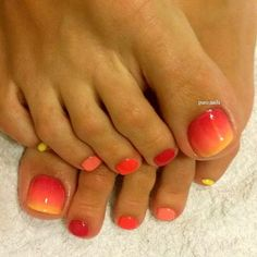 My first ombre :D PROnail 502, 504, 555, 578 #hybrydypronail #procosmetics #nailsoftheday #nailart #nails #ombre #ombrenails #colors #paznokcie #paznokciehybrydowe #stopy #feet #woman #polishgirl #finishgirl #hobby