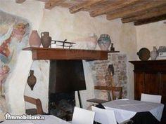 In pieno centro storico, BAR - RISTORANTE in un immobile completamente e finemente ristrutturato, di...