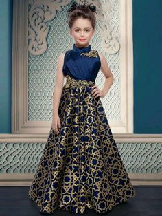 Pakistani Baby Girls Fancy Dresses For Birthday Party, Weddings EStyleOut Girls Fancy Dresses, Gowns For Girls, Little Girl Dresses, Cute Dresses, Frocks For Girls, Formal Dresses, Kids Fashion Wear, Girl Fashion, Fashion Design