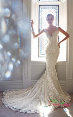 2015 New Arrival Fashion Sexy V Neck Sleeveless Bridal Gown Lace Appliques Pregnant Mermaid Celebrity Wedding Dresses Plus Size