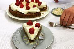 Chrumkavý orechový koláčik, vhodný aj na slávnostnejšiu príležitosť. Sweet Life, Pancakes, Cheesecake, Gluten Free, Ale, Breakfast, Food, Glutenfree, Morning Coffee