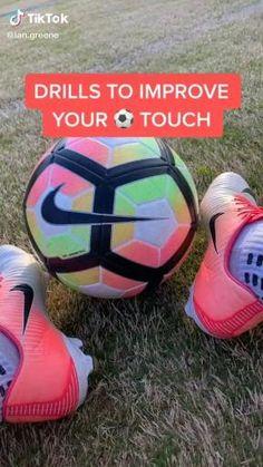 Soccer Footwork Drills, Soccer Practice Drills, Football Training Drills, Soccer Drills For Kids, Football Workouts, Soccer Skills, Kids Soccer, Play Soccer, Soccer Stuff