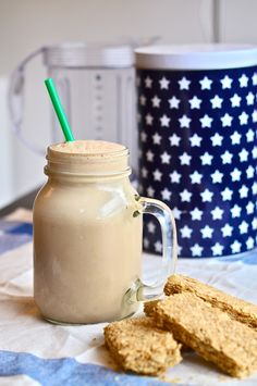 Banana & Coffee Breakfast Smoothie | 1 frozen large banana,  1 cup soy milk,  1 tablespoon dry-freeze instant coffee,  1 tablespoon honey,  a healthy dash of cinnamon