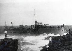 Cabo Raso. Encalhe do contratorpedeiro NRP Guadiana  (Data: 29/07/1917, Arquivo Museu de Marinha, Ref: Arquivo Fotográfico).