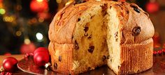 If you've never had Panettone bread before, its a sweet bread filled with raisons, candied citron and lemon zest, and is considered a traditional Italian Christmas bread. Panettone Rezept, Panettone Bread, Italian Panettone, Italian Pastries, Holiday Desserts, Holiday Recipes, Christmas Recipes, Summer Recipes, Italian Christmas Bread