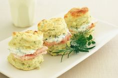Herb and cheese scones with chive cream  | #Appetizers #CleanEating Sherman Financial Group Savory Scones, Cheese And Chive Scones, Savoury Biscuits, Savory Snacks, Savoury Finger Food, Gourmet Appetizers, Quick Appetizers, Finger Foods, Cheap Food