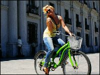 Dove Vai Bellezza in Bicicletta? (Girl on Bicycle)