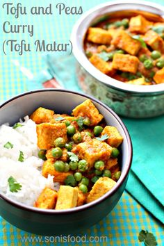 Tofu and Peas Curry (Tofu Matar) #SundaySupper