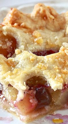 Apple Blueberry Slab Pie with Ginger Crust