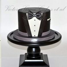 Tuxedo cake 21st Birthday Cake For Guys, 21st Cake, Gold Birthday Cake, Man Birthday, Elegant Wedding Cakes, Elegant Cakes, Tuxedo Cake, Shirt Cake, Cake Business