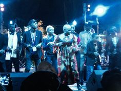 Angelique Kidjo on stage with the children from MOREJAZZ BIG BAND on stage at Folha Verde, Matola - August 2014