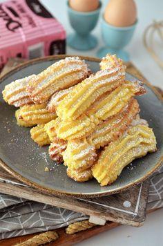 biscuiti de casa spritati is part of Dessert recipes - Sweets Recipes, Cake Recipes, Cooking Recipes, Summer Desserts, Easy Desserts, Biscuit Joiner, Jacque Pepin, Romanian Food, Casserole Recipes