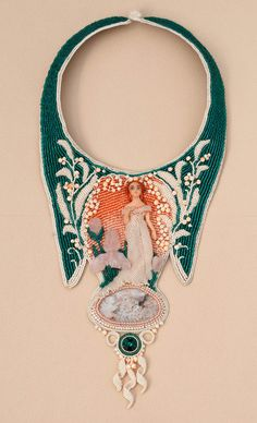 At The Dawn Of XX Century pictorial beadwork necklace