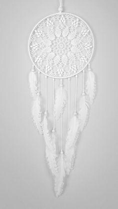 Large White Dream Catcher, Crochet Doily Dreamcatcher, boho dreamcatchers, wedding decor, sweet dreams, wall hanging, wall decor, handmade