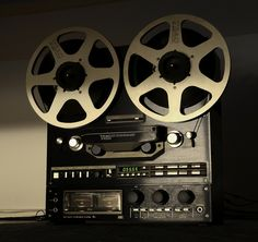 TEAC X-1000 | - www.remix-numerisation.fr - Rendez vos souvenirs durables ! - Sauvegarde - Transfert - Copie - Digitalisation - Restauration de bande magnétique Audio - MiniDisc - Cassette Audio et Cassette VHS - VHSC - SVHSC - Video8 - Hi8 - Digital8 - MiniDv - Laserdisc - Bobine fil d'acier