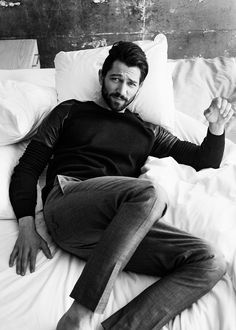 Michiel Huisman Stars in Editorial for Glamour August 2014 Issue image Michiel Huisman 2014 Glamour 003